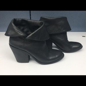 Lucky Brand Ethann Leather Ankle Boot